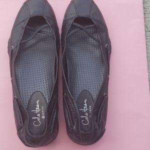 Cole haan women dress shoes size 7 B color black